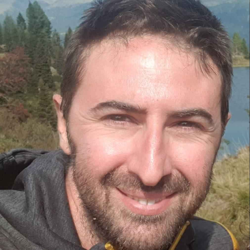 Dr. Davide Garelli